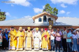 Более 100 паломников помолилось на престольном празднике монастыря святого Николая в Форт-Майерсе
