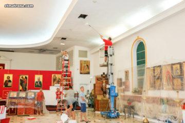 К празднику Рождества Христова Майамский собор благоукрасился