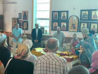 В день Сретения Господня в Майамском соборе совершено праздничное богослужение и освящение свечей