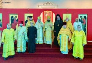 В Майамском соборе праздничным богослужением отметили 10-летие хиротонии настоятеля архимандрита Александра (Беля)