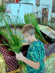 В соборе святой Матроны Московской совершены богослужения праздника Входа Господня в Иерусалим